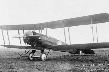 Avro-504-2