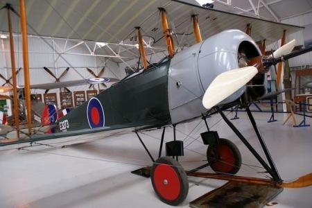 Avro-504-3
