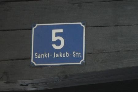 Hausnummer-1