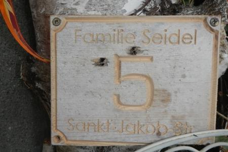 Hausnummer-4