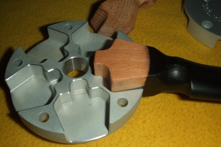 5-blade-hub-1